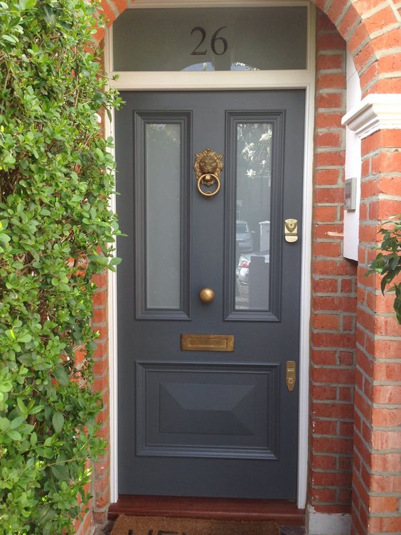 تصاميم جميلة لأبواب المنزل بالصور