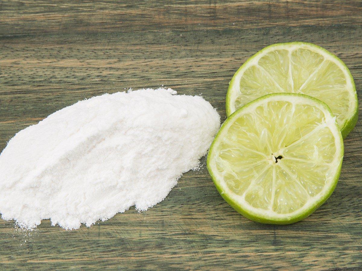 وضع صودا الخبز علي الليمون للحصول علي بشرة متألقة ثقف نفسك