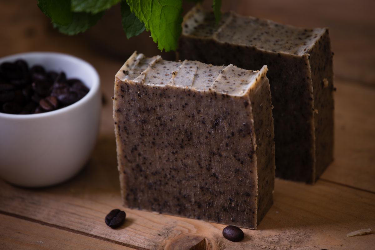 العلاج بالاعشاب 2019_فوائد صابون القهوة