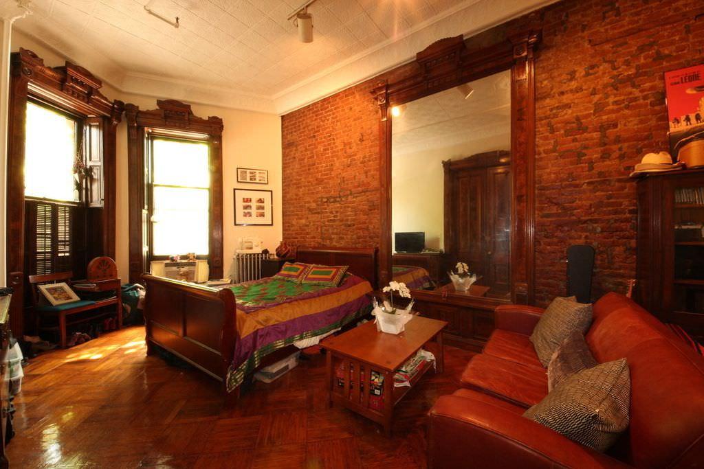 صور غرف نوم باللون الأحمر -نوم-باللون-الأحمر-بالصور7