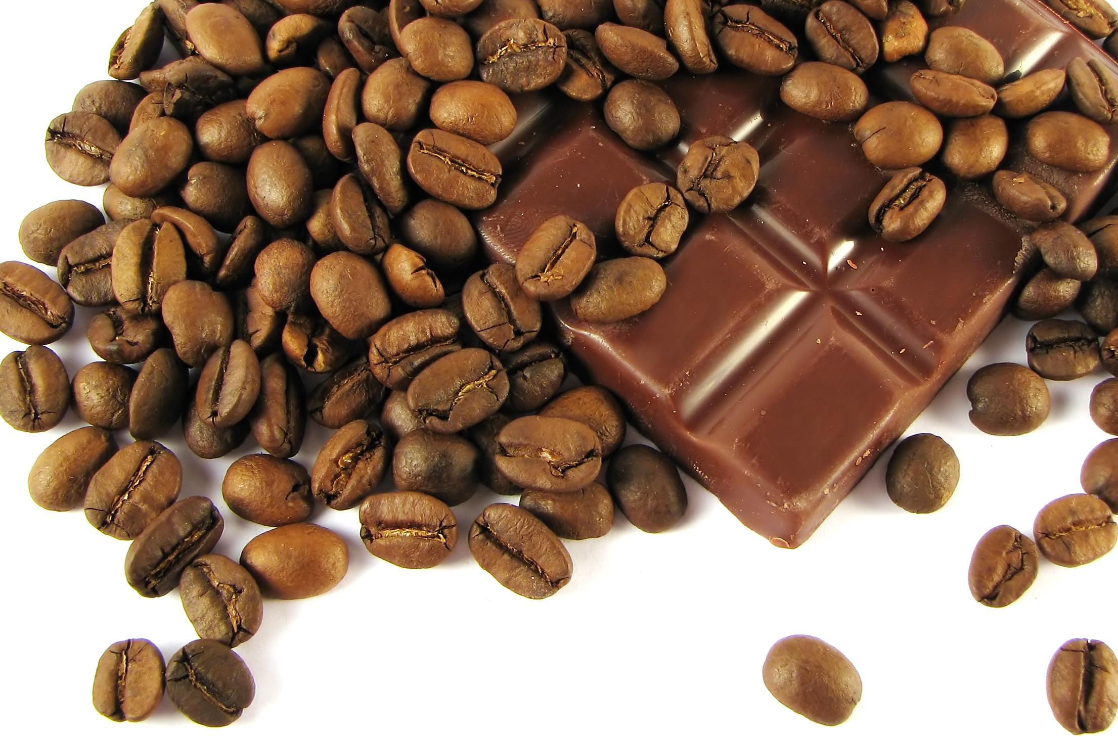 الشوكولاتة والكافيين