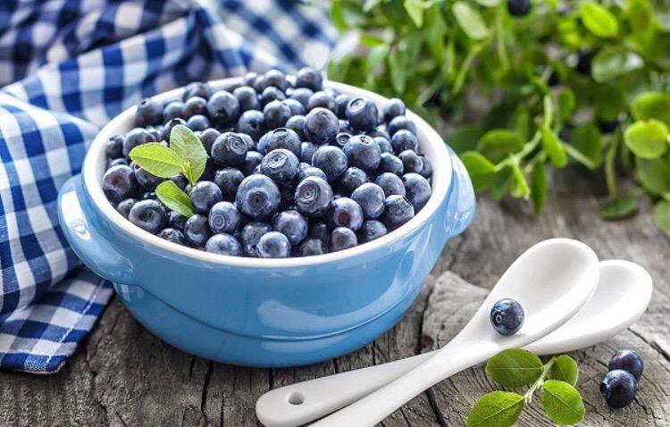 فوائد التوت الأزرق للصحة