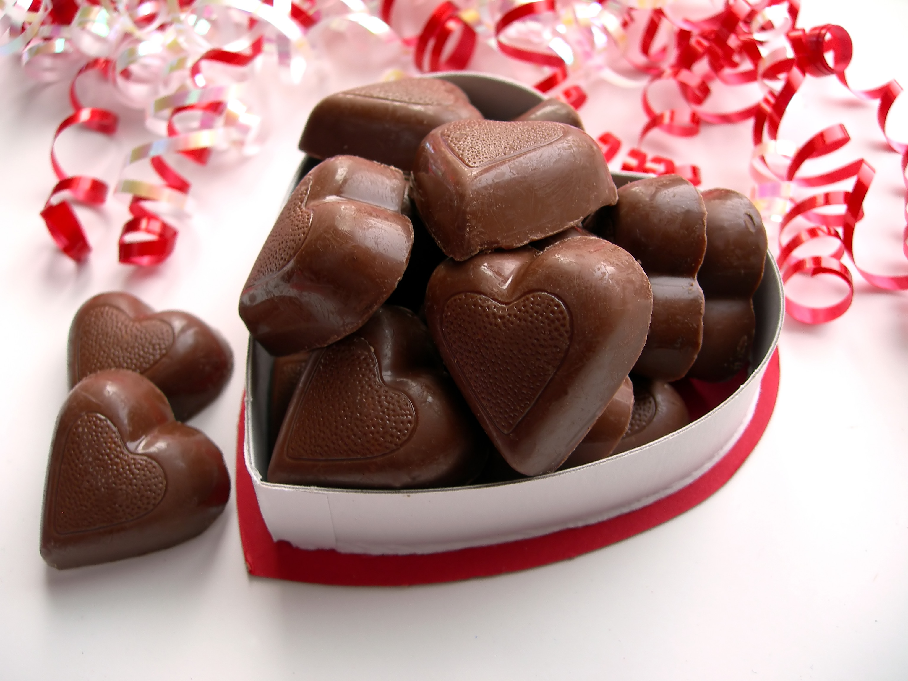 latest-2013-Valentines-Chocolates-Valentine's-lover's-day-gift-for-her-him-propose-i-love-you-feb-14-Chocolate-Gifts-10021